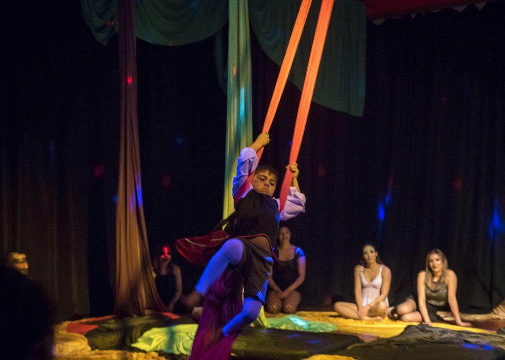circo-y-telas-niños-(2)